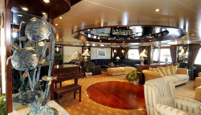 Lauren L Charter Yacht - 7