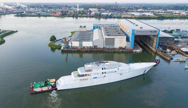 Feadship 1009 Charter Yacht - 3