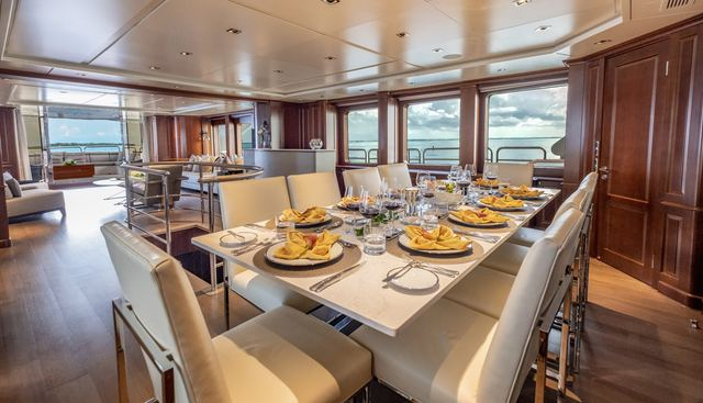 Catching Moments Charter Yacht - 8