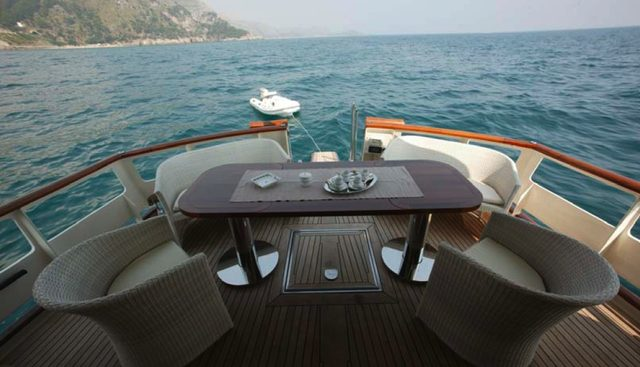 Caravelle Charter Yacht - 2