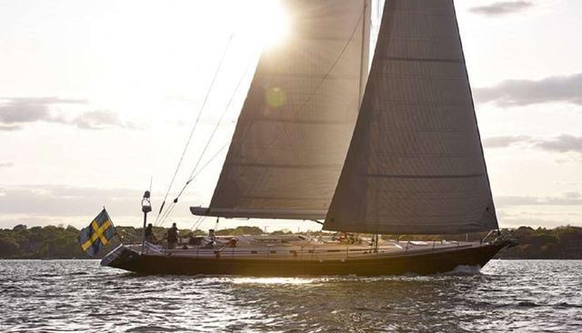 Aquila Charter Yacht - 2