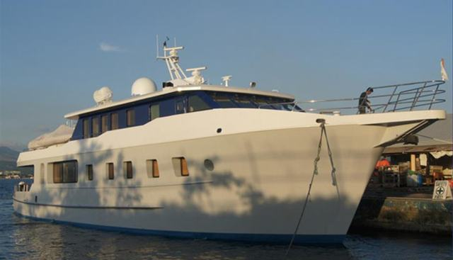 Hardhome Charter Yacht