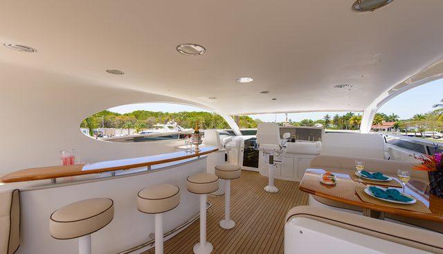 Bella Contessa Charter Yacht - 4