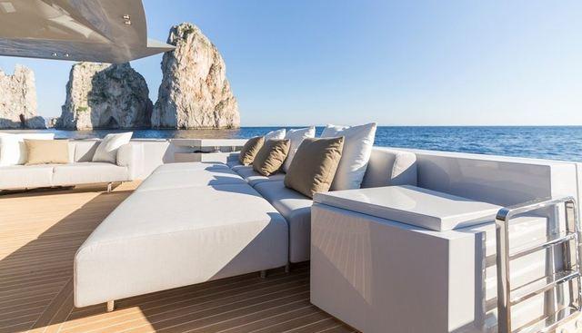 Boom Shakalaka Charter Yacht - 4