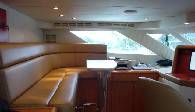 Daydream IV Charter Yacht - 4