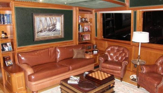 Dozer Charter Yacht - 4