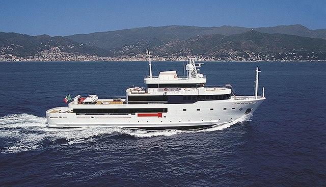 Tribu Charter Yacht - 2