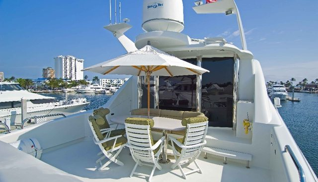 Suzanne Charter Yacht - 4