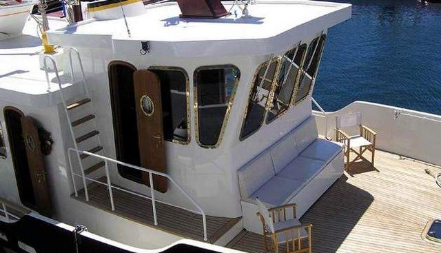 Atlantic Trawler 66 Charter Yacht - 4