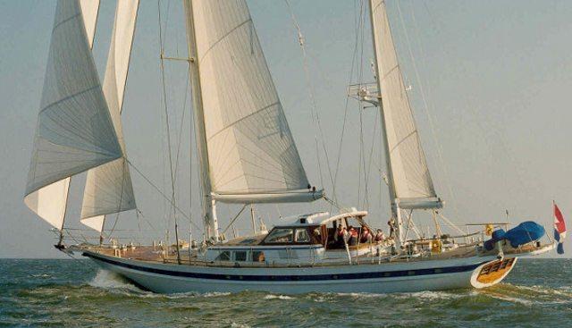 Sailing T Charter Yacht