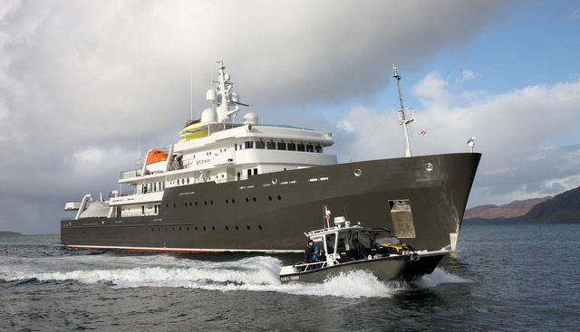 Yersin Charter Yacht