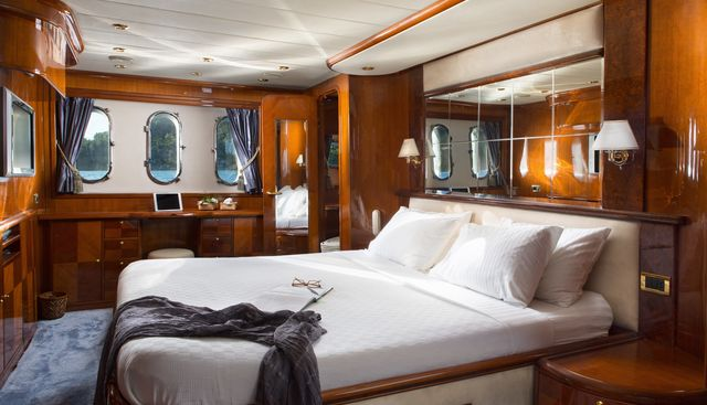 Nitta V Charter Yacht - 7