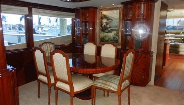 R-Cabana III Charter Yacht - 5