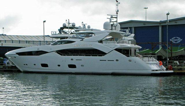 Lady Anna IV Charter Yacht - 4