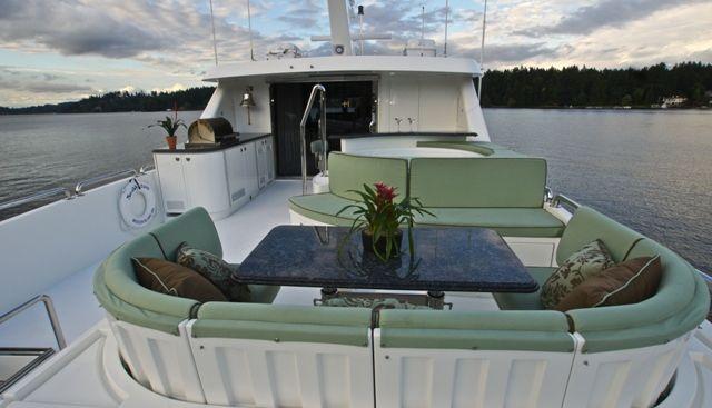 Divertimento II Charter Yacht - 6