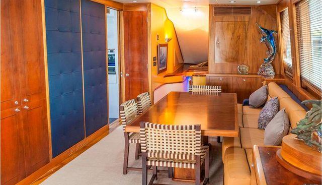 Oh My God Charter Yacht - 5