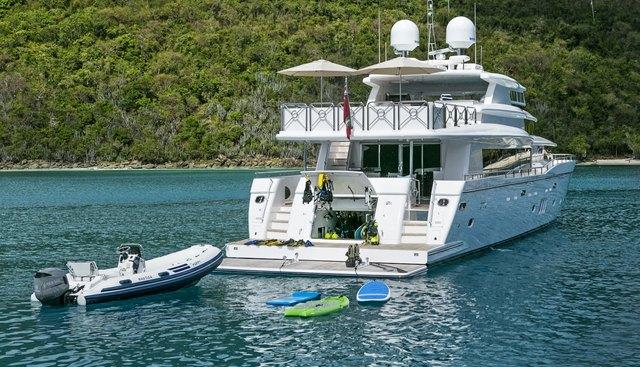She's A Peach Charter Yacht - 5