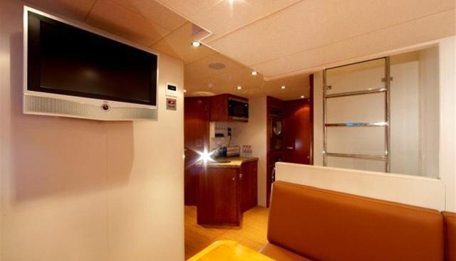 Maximus Star Charter Yacht - 7