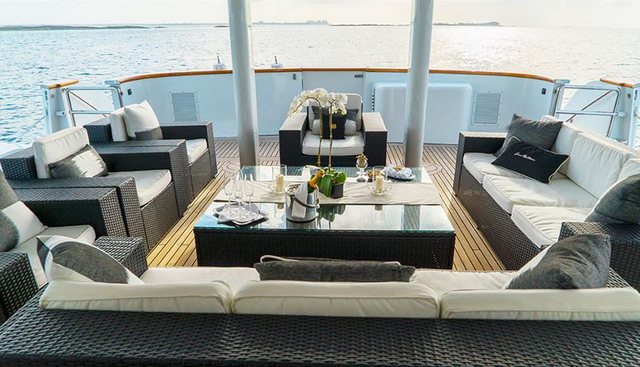 Grand Illusion Charter Yacht - 3
