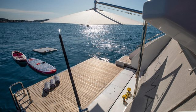 Akama Charter Yacht - 5