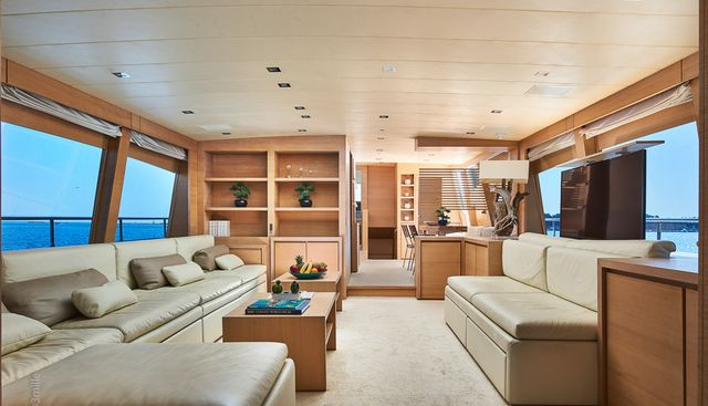 Hummingbird Charter Yacht - 6