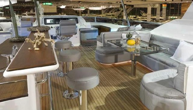 Just 4 Us Charter Yacht - 3