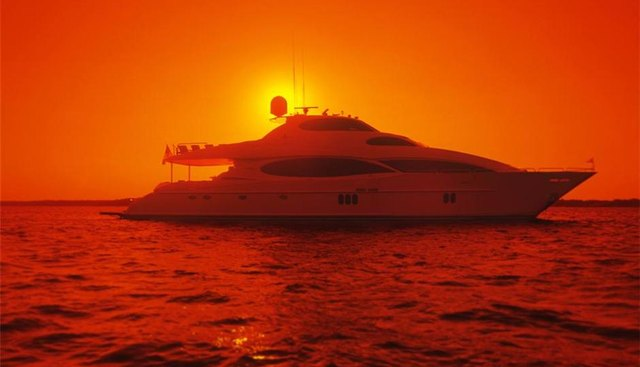 The Beeliever Charter Yacht - 8