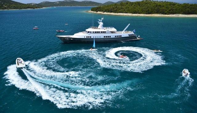 Berzinc Charter Yacht