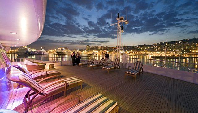 Lauren L Charter Yacht - 4