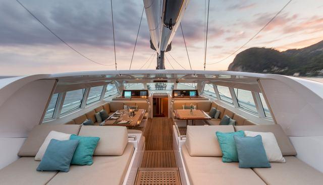 Gliss Charter Yacht - 2