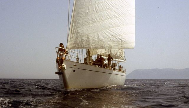 Adelie Charter Yacht - 2