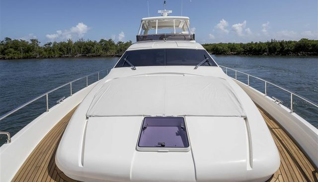 Crystal Parrot Charter Yacht - 5