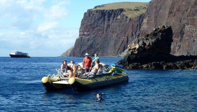 Safari Explorer Charter Yacht - 4