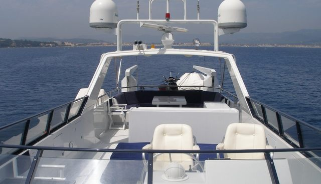 Queen South Charter Yacht - 3