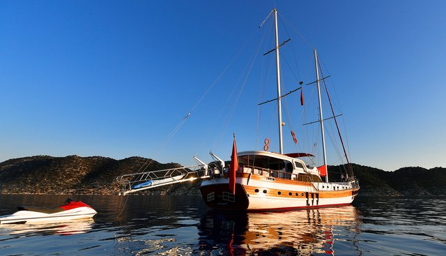 Blu Dream Charter Yacht - 2