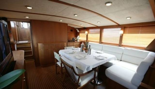 Caravelle Charter Yacht - 4