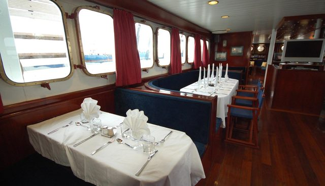 Mary Anne II Charter Yacht - 8