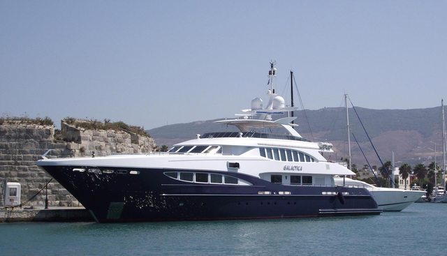 Red Sapphire Charter Yacht - 5