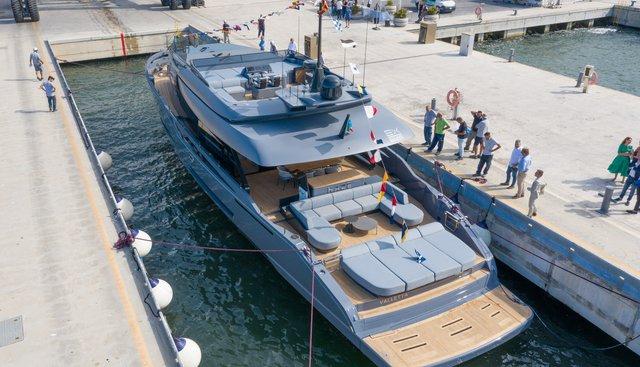 Haze Charter Yacht - 6