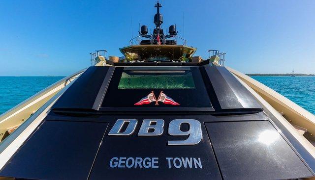 DB9 Charter Yacht - 4