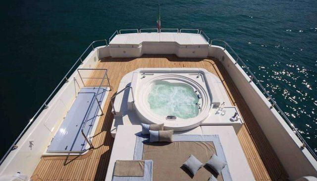 Lady Dia Charter Yacht - 2