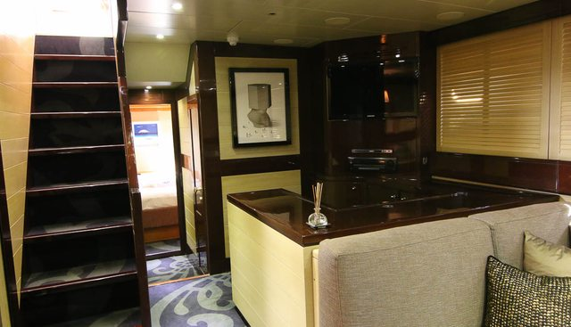 Time Out Monaco Charter Yacht - 8