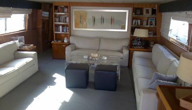 Admiral 27 Charter Yacht - 4