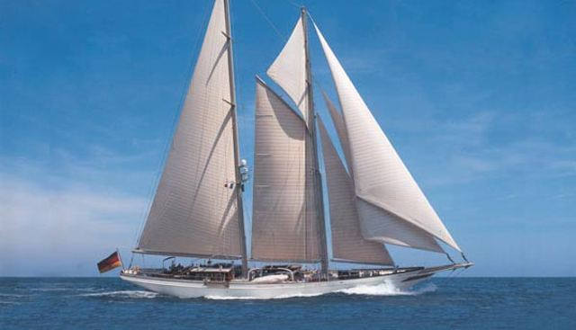 Lethantia Charter Yacht