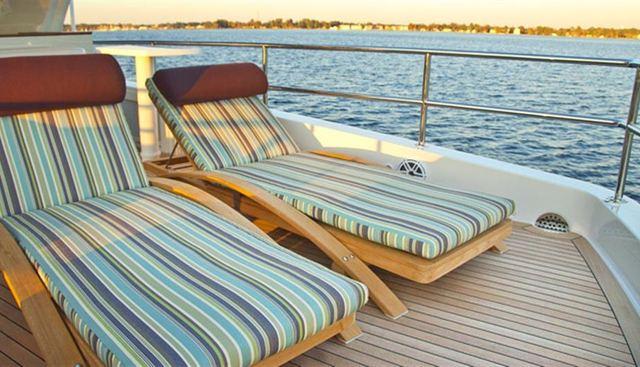 Hatteras 80 Charter Yacht - 4