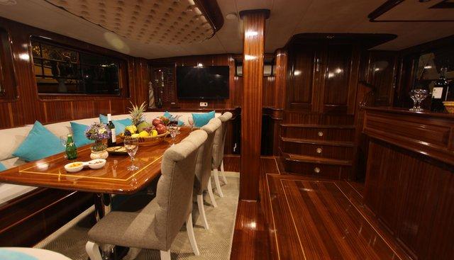 Queen Lila Charter Yacht - 7