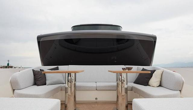 Ozone Charter Yacht - 3