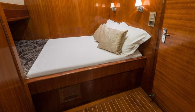 Azra Deniz Charter Yacht - 8