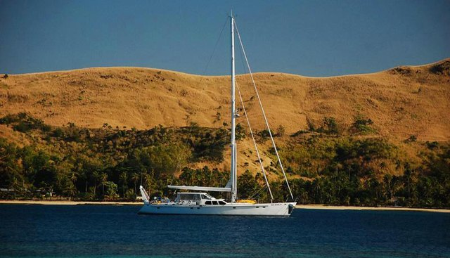 Ke Ama II Charter Yacht - 2