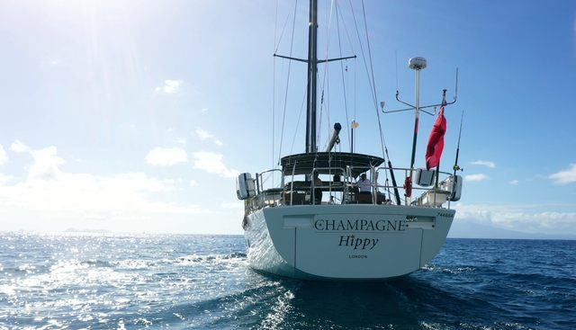Champagne Hippy Charter Yacht - 3